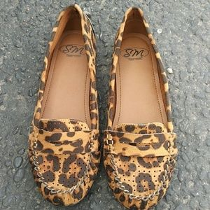 6/$25 NEW Leopard Print Loafers SM New York